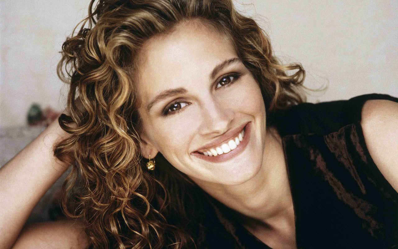 Top Ten Most Beautiful Celebrity Smiles 187 Alltoptens Com