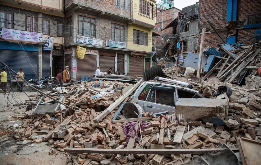 Top 10 largest earthquakes in recorded history for Best place to be in an earthquake